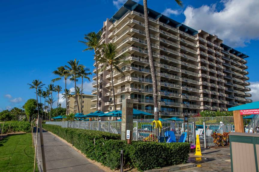 The Whaler On Kaanapali West Maui Resort Chase N Rainbows