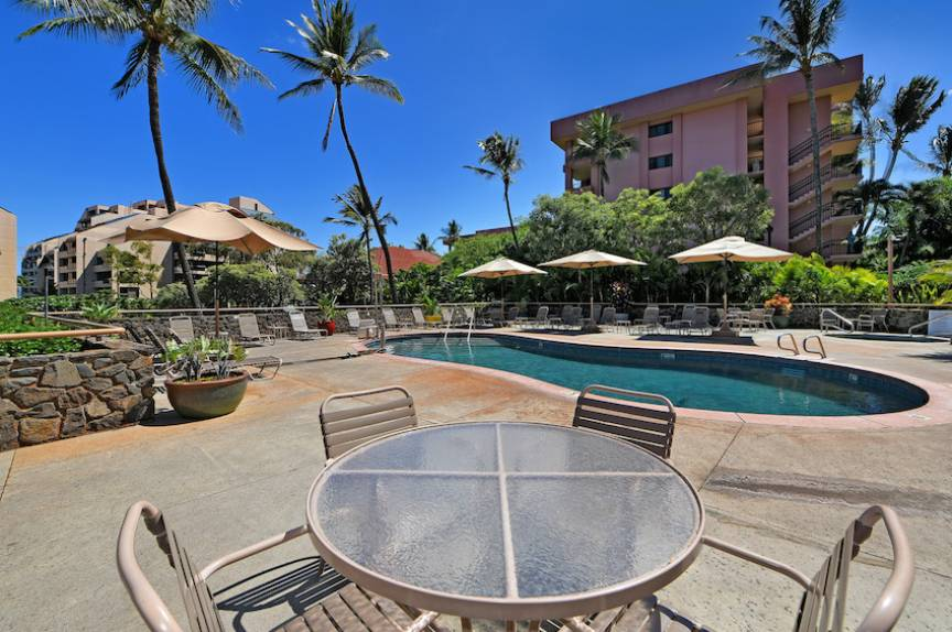 Kahana Villas Pool View