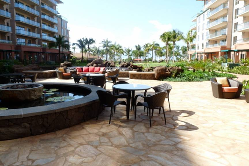 Maui vacation rental resort outdoor area
