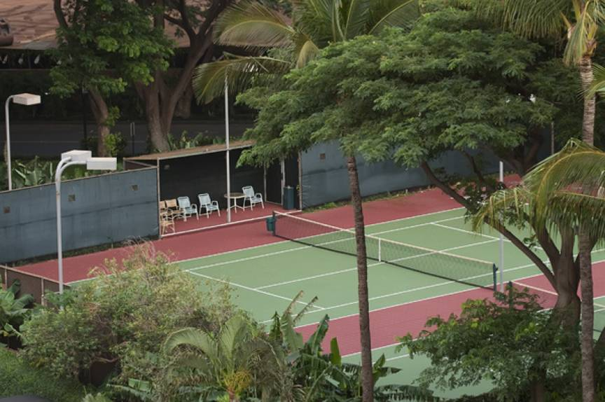 Mahana tennis courts