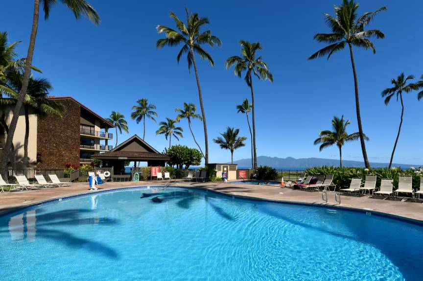 Papakea Resort Pool