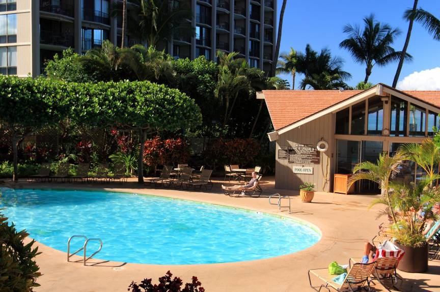 Royal Kahana pool