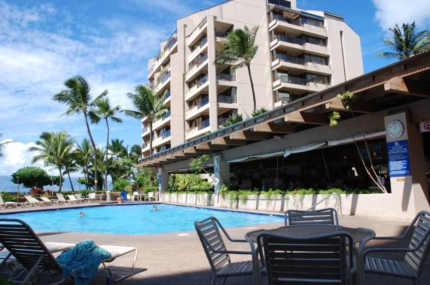 Sands of Kahana pool